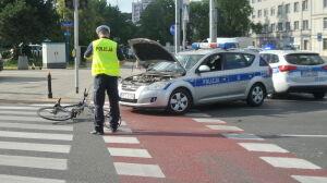 Rowerzystka trafiła do szpitala. Uderzył w nią radiowóz