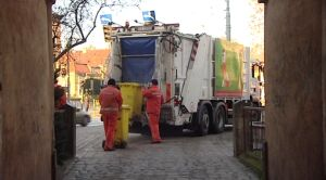 Opłaty za śmieci do śmieci? PO przeciw planom ratusza