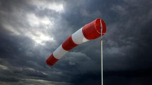 Silny wiatr na południu. Ostrzeżenia i prognoza zagrożeń IMGW